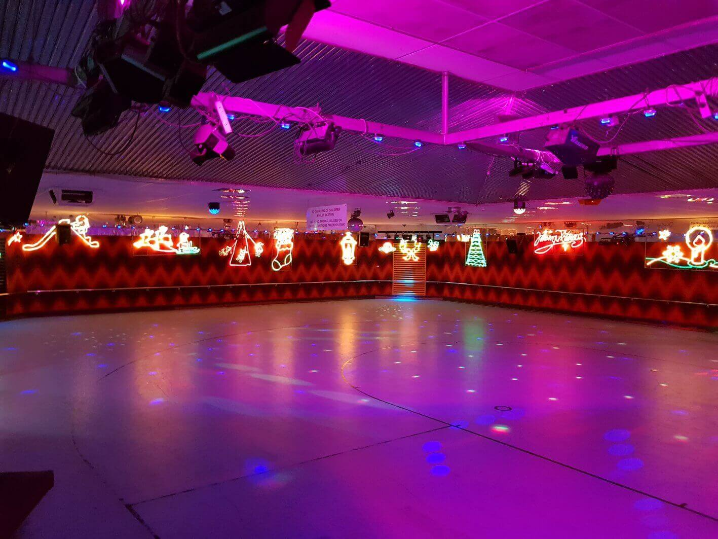 roller skating rink xmas perth
