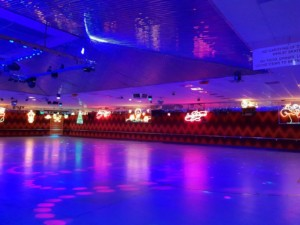 christmas rollerskating party perth