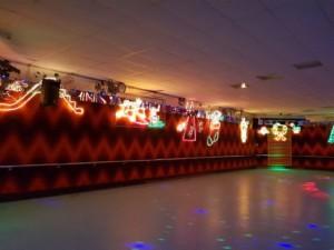 xmas rink lights rolloways