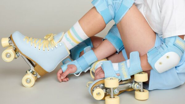 ★ Youth/kids protective gear including knee, elbow and wrist pads.